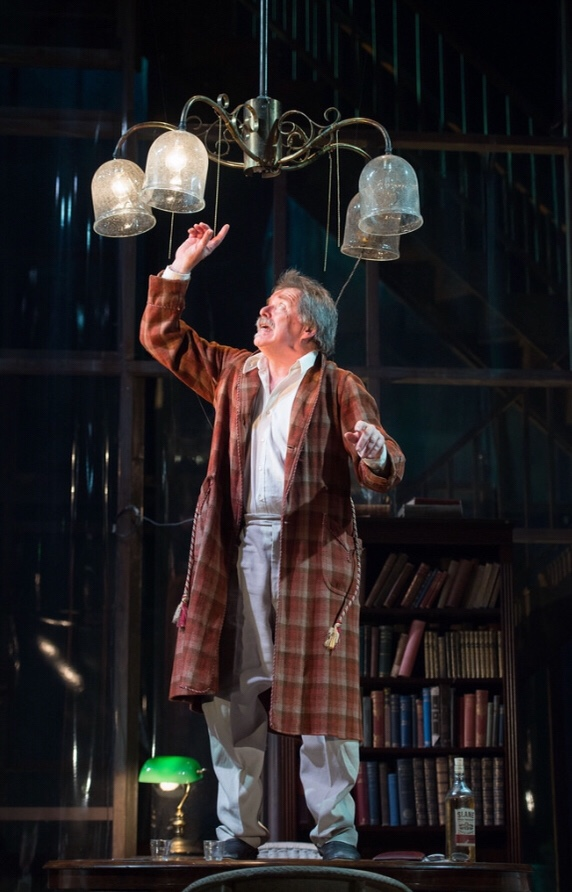 Theatre Review – Long Day's Journey Into Night – HOMEMcr